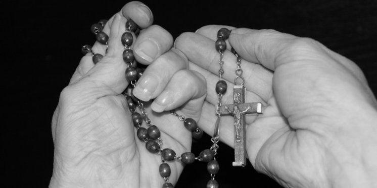 Primjeri milosti zadobivenih po molitvi Tri Zdravo Marije - Međugorje Info